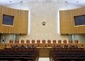 '남의 땅에 묘지'…대법원, 분묘기지권 계속 인정